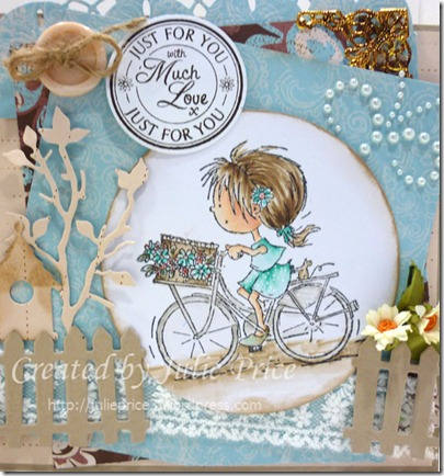marianne fav colours closeup 2