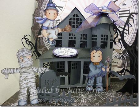haunted house closeup 2a