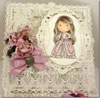 paper nest dolls closeup 2