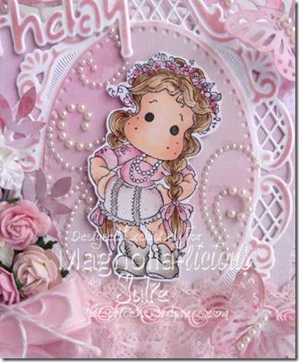 magnolialicious bingo closeup